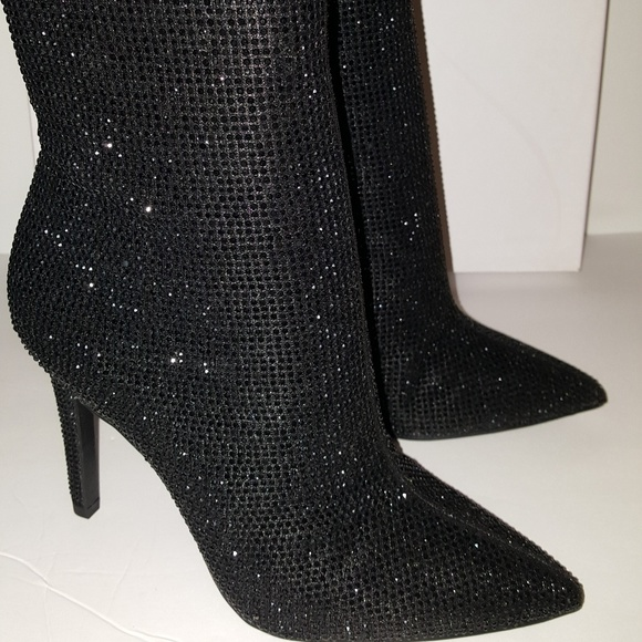 bf4b9068629 Brand New Jessica Simpson Pelina Booties Size 6